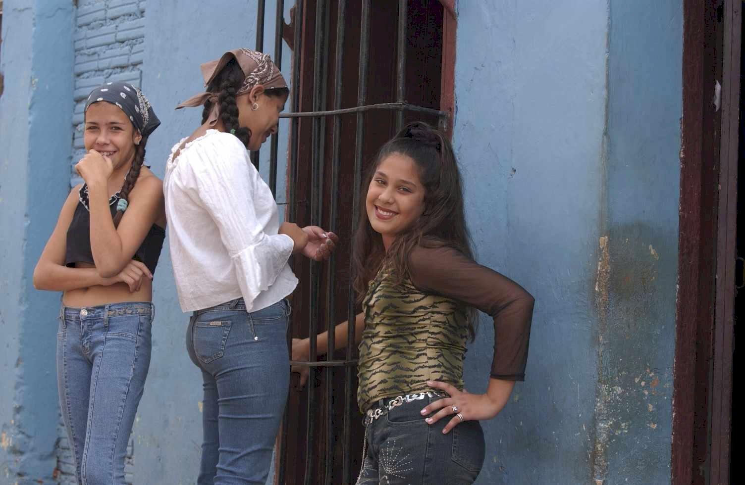 Cuba 69