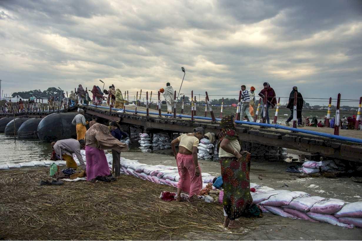 India 2013 80