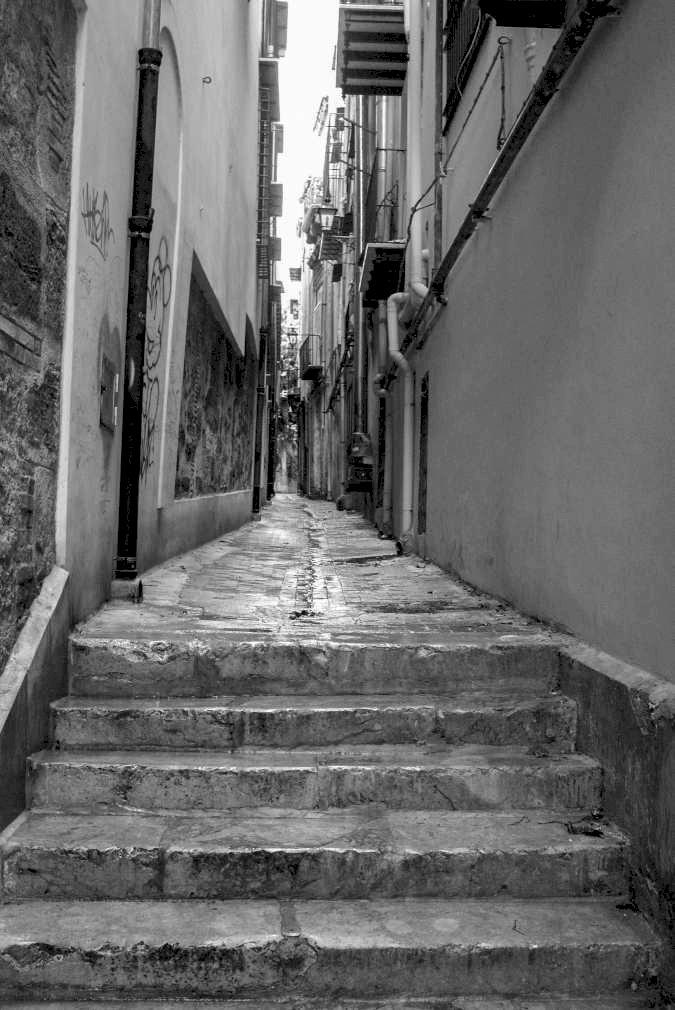 Palermo - Vicolo stretto