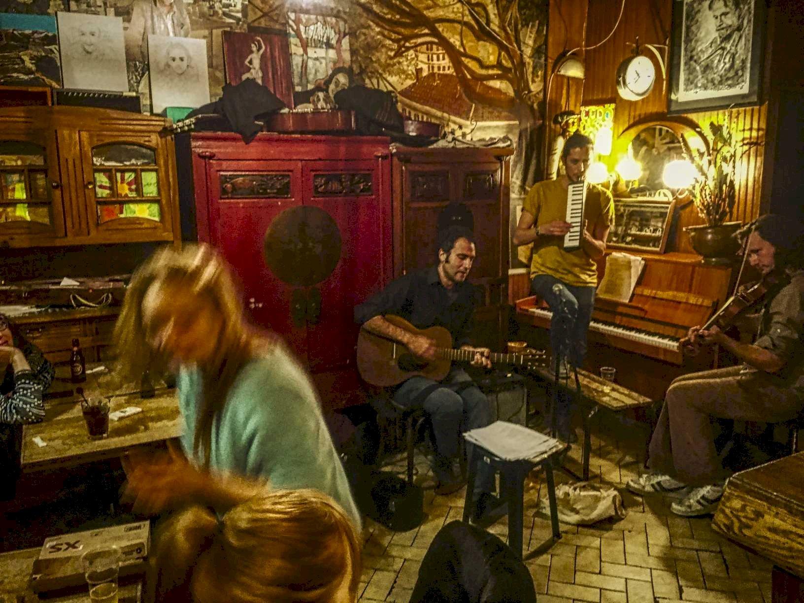 Parigi - Chez Adel